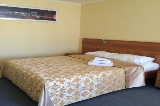Пошив портьер и покрывала для гостиничного номера — май 2015