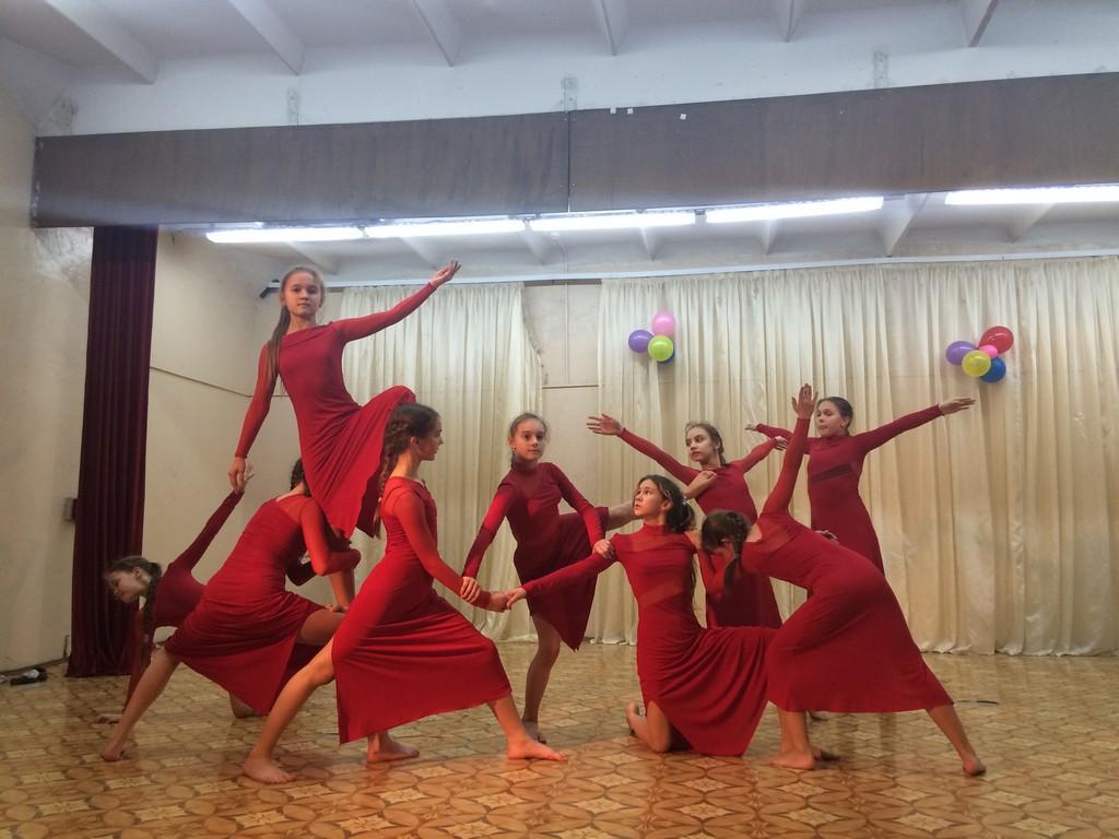 Пошив платьев для современного направления танцев